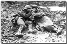 Canadian lights German prisoner's cigarette, Passchendaele, Nov, 1917