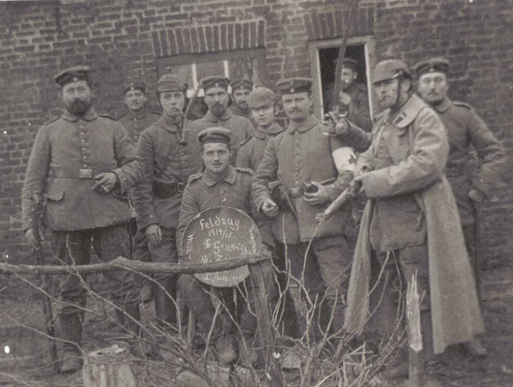 Christmas Truce Of 1914.First World War Com Feature Articles The Christmas Truce